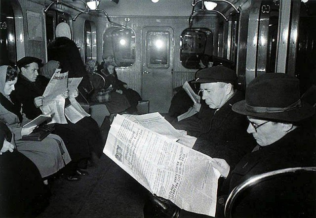 http://www.moscowchronology.ru/sites/default/files/images/metro/metro_1950s_4.jpg